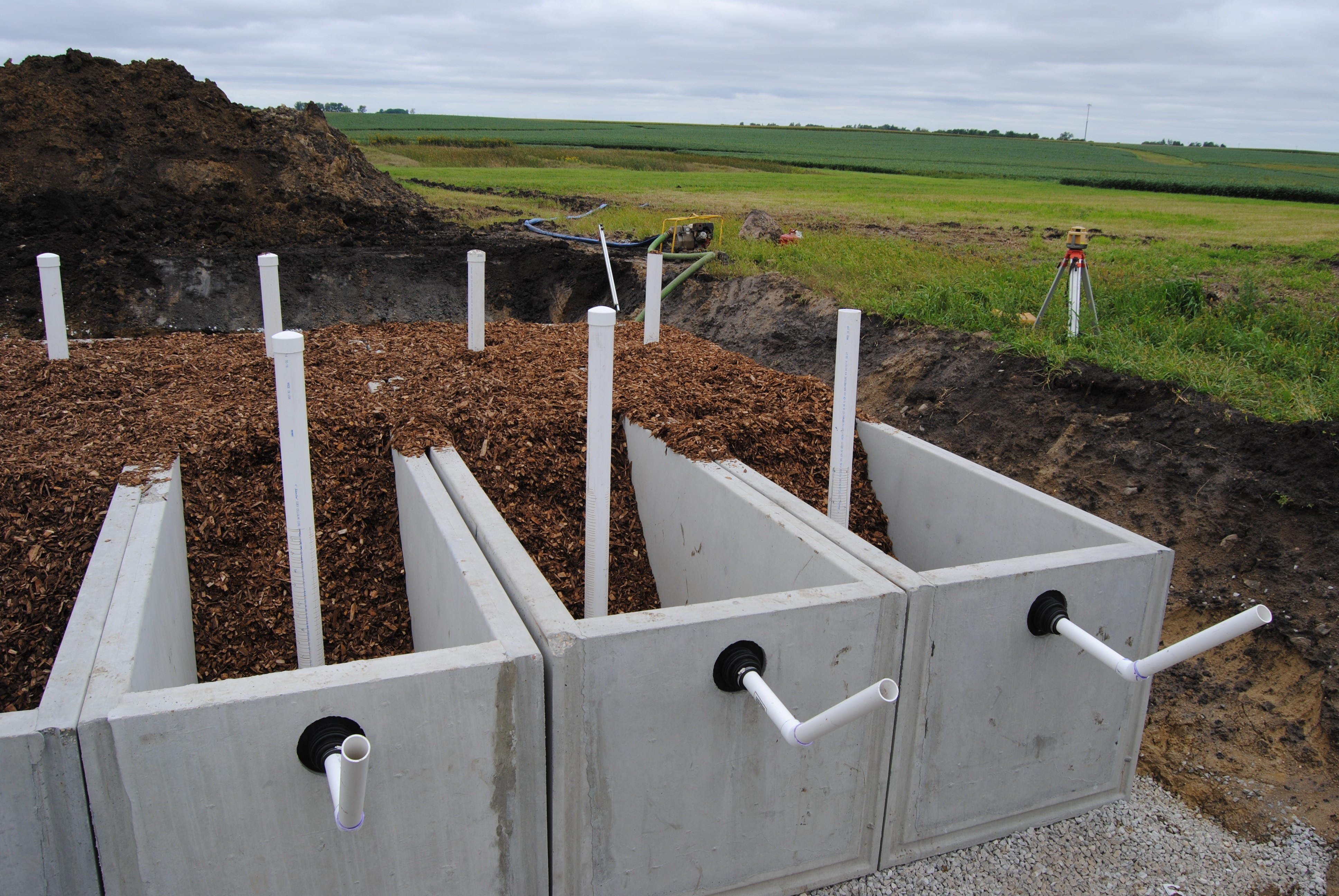 bioreactor with woodchips